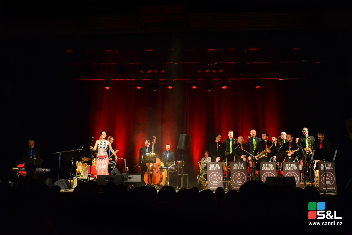 big band brno, brno big band, new time orchestra, hana holišová